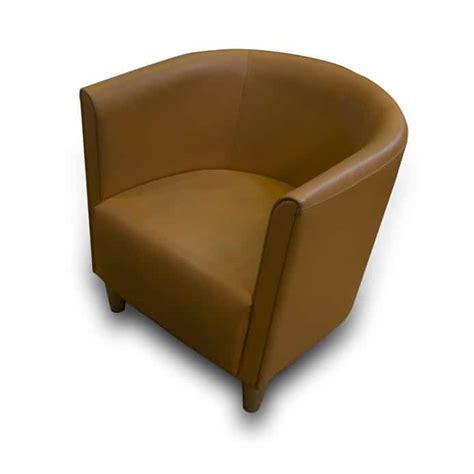 comment nettoyer un canapé en cuir clair comment entretenir un canape en cuir 28 images comment