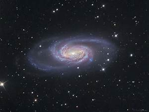 Barred Spiral Galaxy NGC 2903