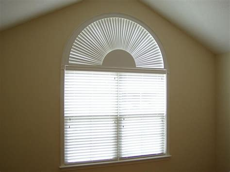 Arched Window Blinds by Pin By Lynette Hedden On New House Ideas Blinds For