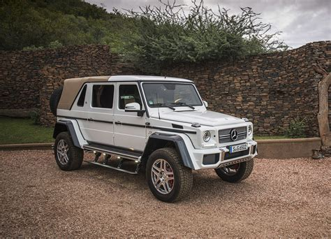 The exceptional g 650 landaulet follows the equally spectacular variants g 63 amg 6x6 and g 500 4x42. 2018 Mercedes‑Maybach G 650 Landaule - GwagenParts.com ...