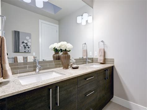 tips    install  perfect bathroom backsplash