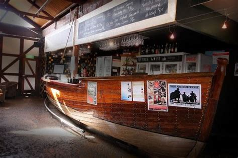 Wooden Boat Inn Reviews by Unique Wooden Boat Bar In Cafe Picture Of The Anchorage