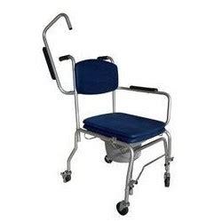 Chaise Garderobe à Roulettes