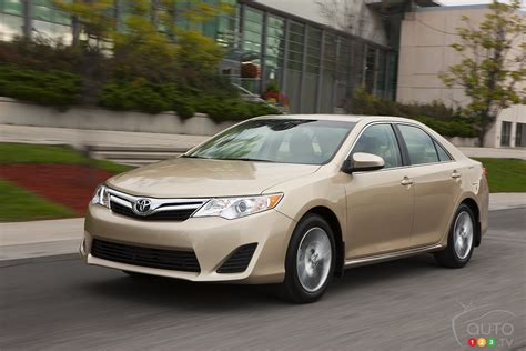 2013 Camry Reviews by Auto123 New Cars Used Cars Auto Shows Car Reviews