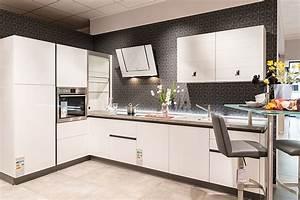 Gunstige kuchen angebote wotzccom for Günstige küchen angebote