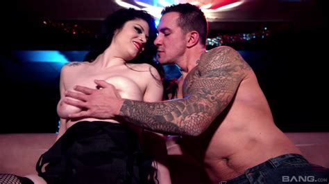 Stripper Pleases Client With More Than Just A Lap Dance