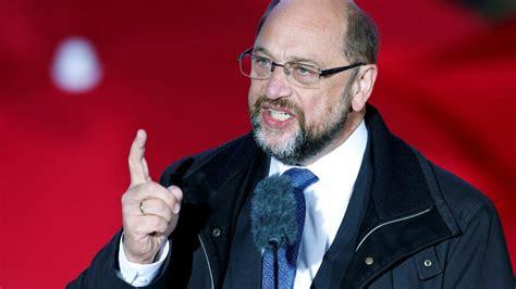 """Im lieblingsland der sozialisten #venezuela vielleicht, da gibt es weniger geld zu verschwenden. SPD-Kanzlerkandidat Martin Schulz: """"Spitze der AfD ist ..."""