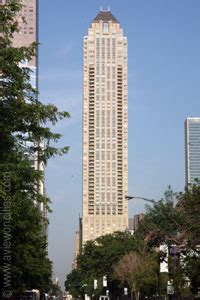 park tower chicago building info