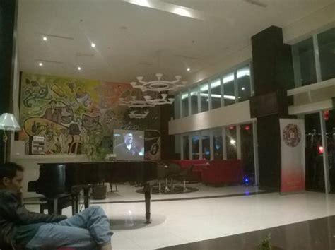 Swiss-belinn Malang Lobby