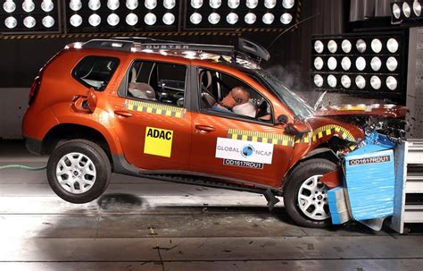 crash test dacia duster base model of renault duster scores 0
