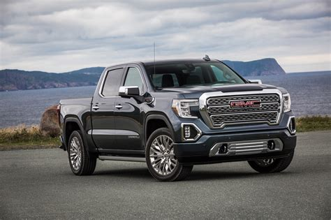 GMC 2019 : 2019 Gmc Sierra At4 Lets You Off-road In Comfort
