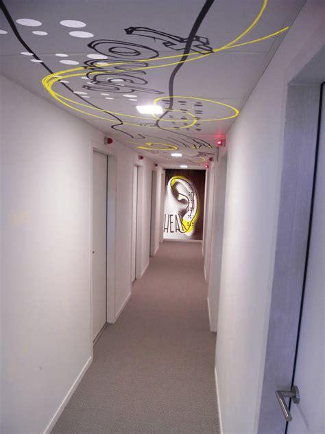 charmant peindre un plafond tendu 6 pin d233coration du plafond du couloir on evtod