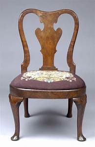 Period queen anne walnut side chair having elegant vase for Armchair side covers