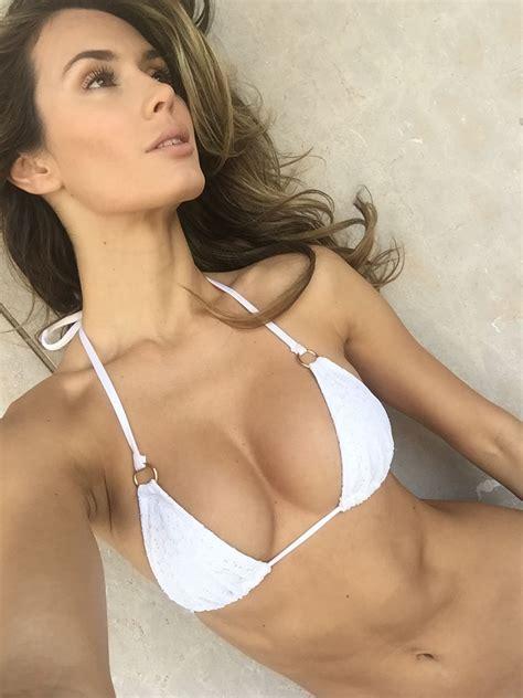 Brown nackt Caitlin  Nude celebrity