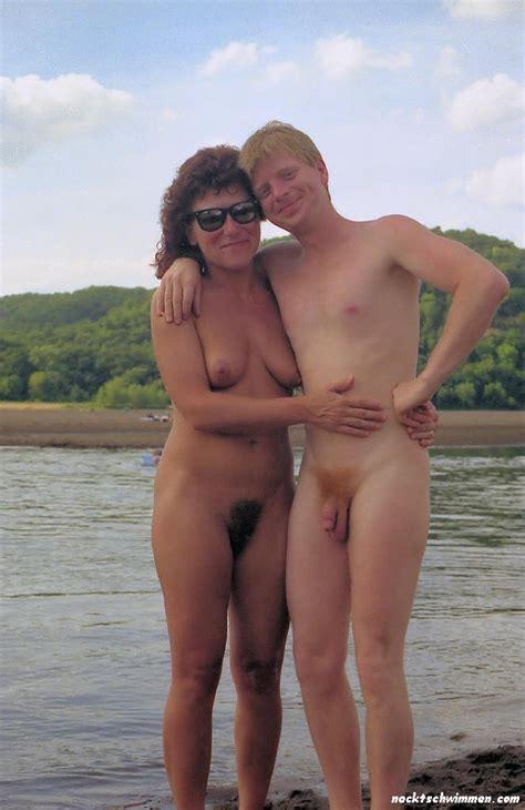 Am sohn strand und nackt mutter Vater verschickt