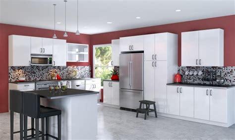 cuisine fond blanc peinture cuisine avec meubles blancs 30 idées inspirantes