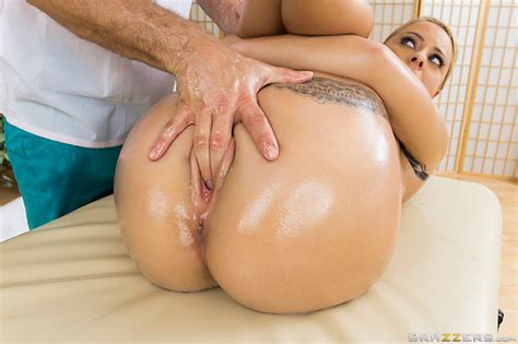 Cameron Canada Enjoys A Massage And Anal Sex 2 Of 2