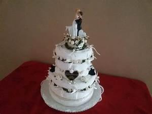 Idee Geldgeschenk Hochzeit : hochzeitstorte aus handt chern eine ganz zauberhafte idee zur hochzeit auch als geldgeschenk ~ Eleganceandgraceweddings.com Haus und Dekorationen