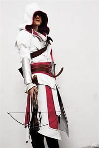 Top 10 Awesome Assassins Creed Costume - Slicontrol.com ...