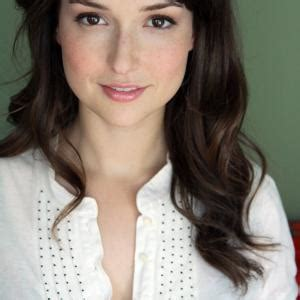 milana vayntrub net worth milana vayntrub net worth 2017 biography wiki 2016