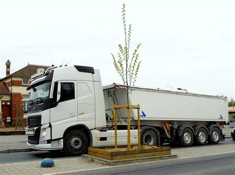 brand new volvo semi truck new volvo semi truck 2018 volvo reviews