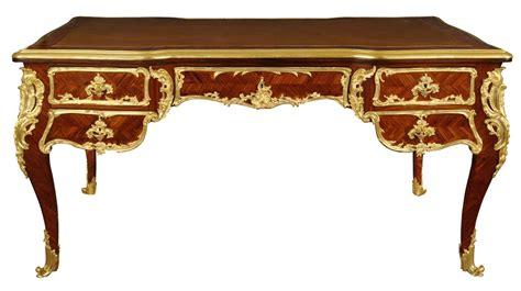 bureau plat style louis xv sign 233 linke gt la tour camoufle mobilier objets et tableaux du