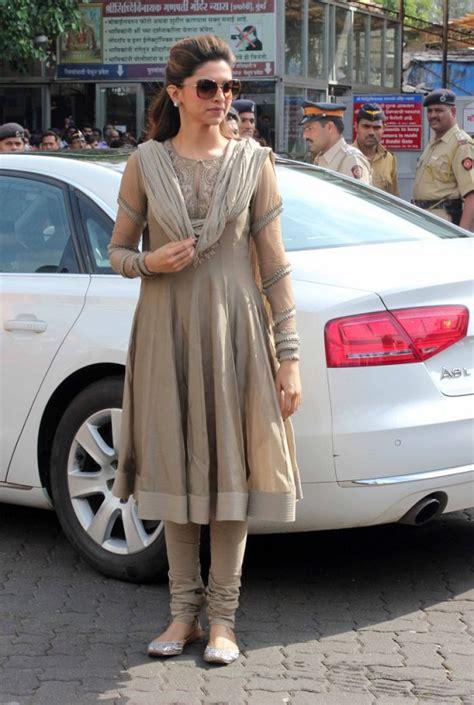 bollywood actresses  anarkali dresses beauty  blush