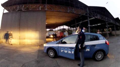 squadra volante polizia modena una serata in pattuglia con la squadra