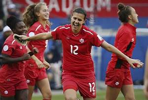 Christine Sinclair is still putting Canada first | The Star