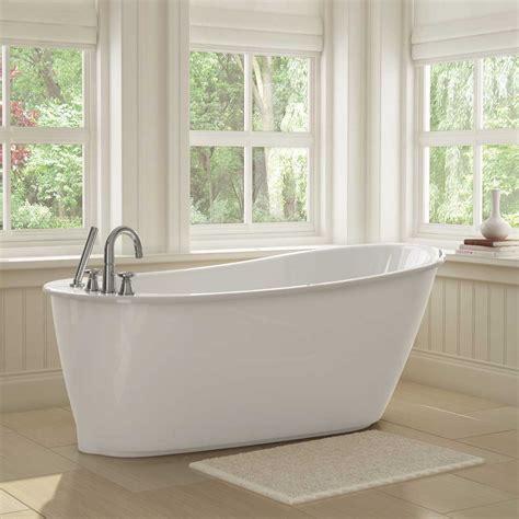 salle de bain avec bain sur pattes obasinc
