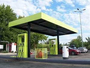 Station Essence Marseille : remise en peinture d 39 une station de carburant marseille ~ Dode.kayakingforconservation.com Idées de Décoration