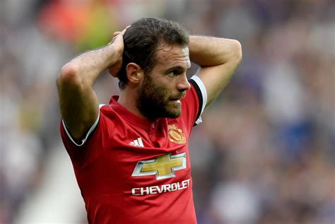 Juan Mata Reacts After Being Dropped Against Chelsea