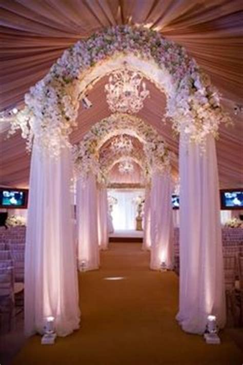 david tutera shabby chic wedding weddings by david tutera preston bailey and other great designers on pinterest david tutera