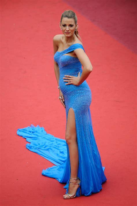 robe cannes blake lively cannes  decouvrez les  belles robes vues sur le tapis rouge
