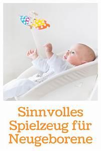 Spielzeug Für Neugeborene : sinnvolles spielzeug f r neugeborene angepasst an babys sinne ~ Watch28wear.com Haus und Dekorationen