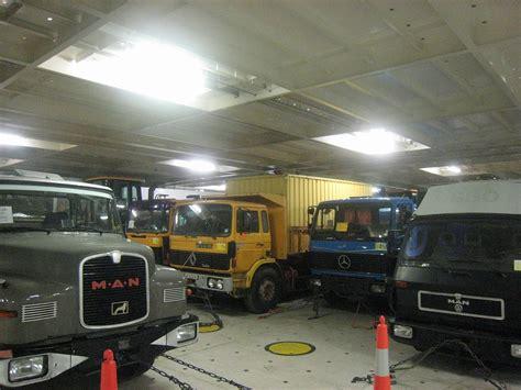 solde bureau transport maritime de voitures jeeps fourgons et