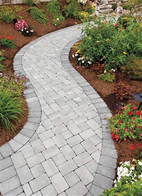 small walkway ideas small spaces appear larger when walkways are curvy ep henry pavers in coventry 174 stone i pewter