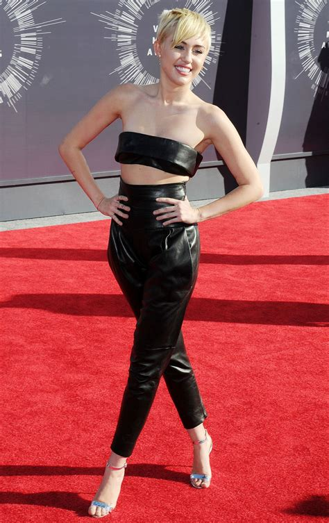 MILEY CYRUS at 2014 MTV Video Music Awards – HawtCelebs