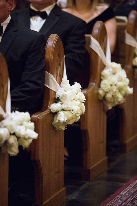 Ceremony Décor Photos White Roses On Church Pews