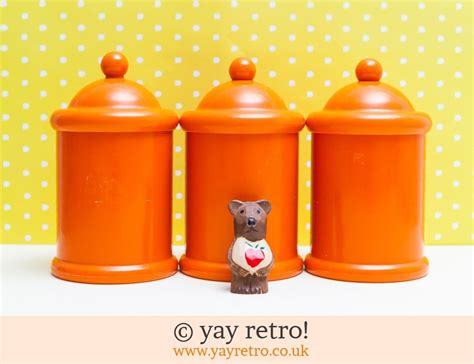 orange kitchen storage jars 3 x orange plastic storage jars vintage shop retro 3764