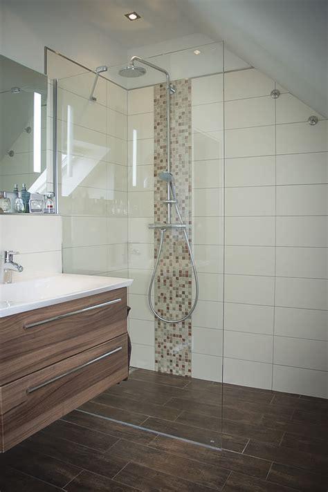 Begehbare Dusche Beispiele by Dusche Perfekt Mosaik Dusche Beispiele Beabsichtigt