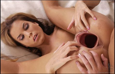 White Pussies Stretched By Big Black Cock Picture 18 Uploaded By Creamsearcher On