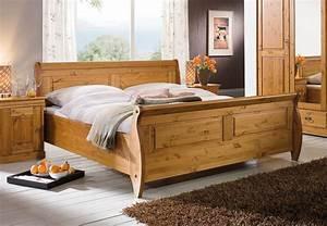 Schlafzimmer Massivholz Landhausstil : bett 180x200 kiefer massiv honigfarben lackiert ~ Markanthonyermac.com Haus und Dekorationen