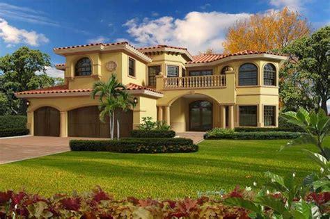 bedrm  sq ft luxury house plan