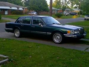 1994 Lincoln Town Car - Pictures