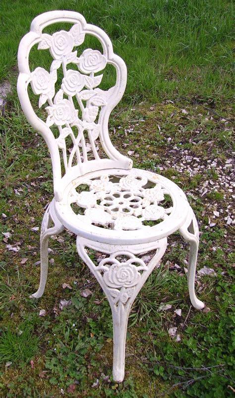 table chaise de jardin pas cher table et chaise de jardin en teck pas cher table de