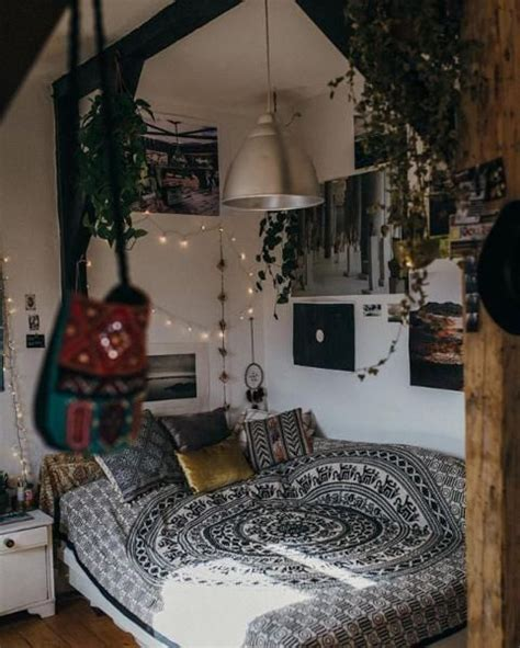 hipster bedrooms ideas  pinterest bedspread