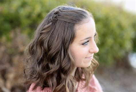 Cute Hairstyles For Short Hair And Shoulder Length Hair