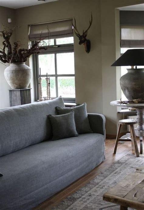 inspiring rustic wooden floor living room design living room pinterest maison salon
