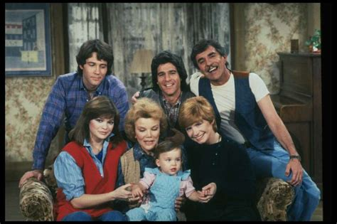One-day at Time Cast
